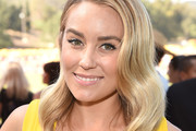 Lauren Conrad Medium Wavy Cut