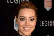 Aubrey Plaza Loose Ponytail