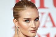 Rosie Huntington-Whiteley Croydon Facelift