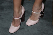 Busy Philipps Pumps